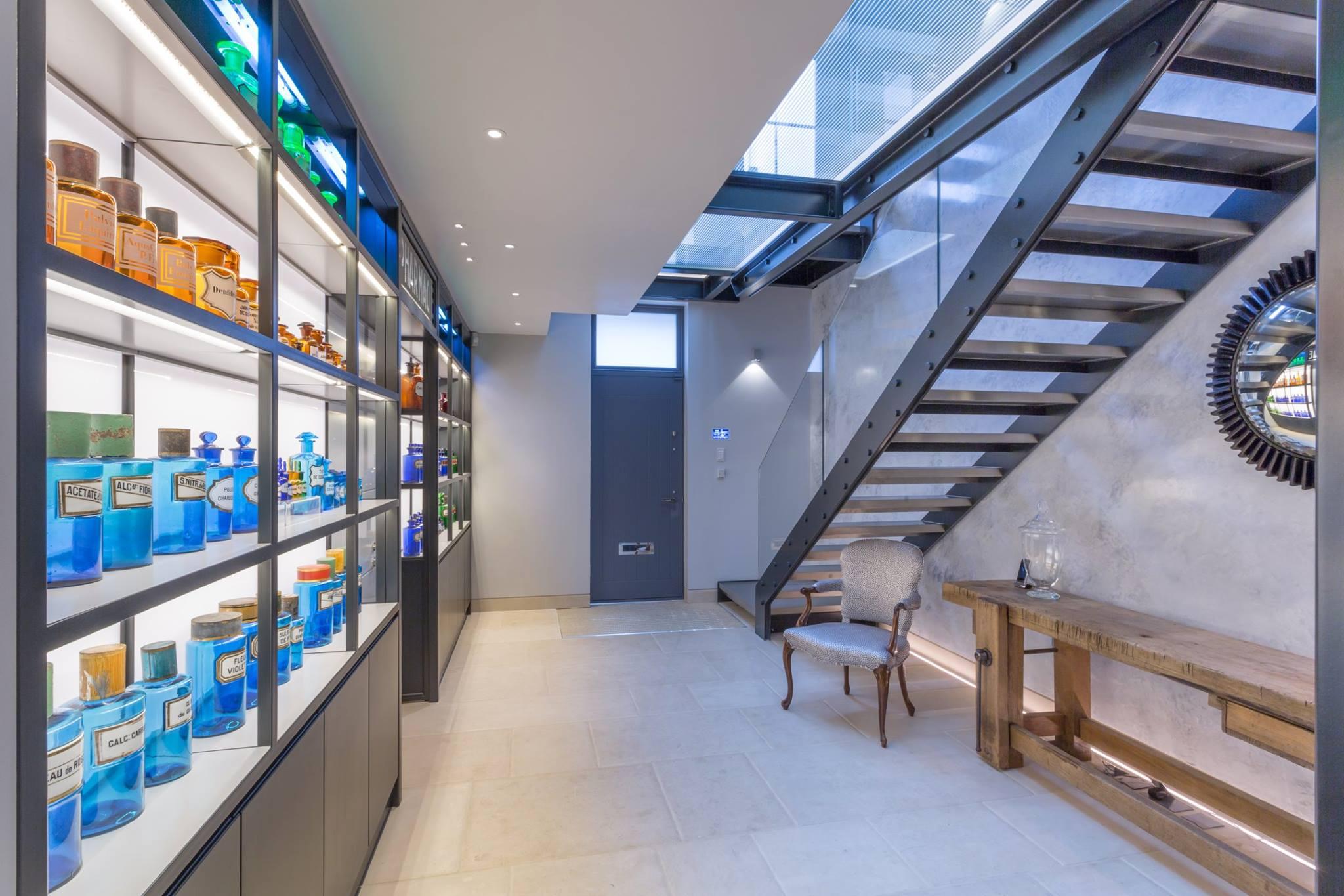 Lighting Basement Washroom Stairs: 2a Pindock Mews
