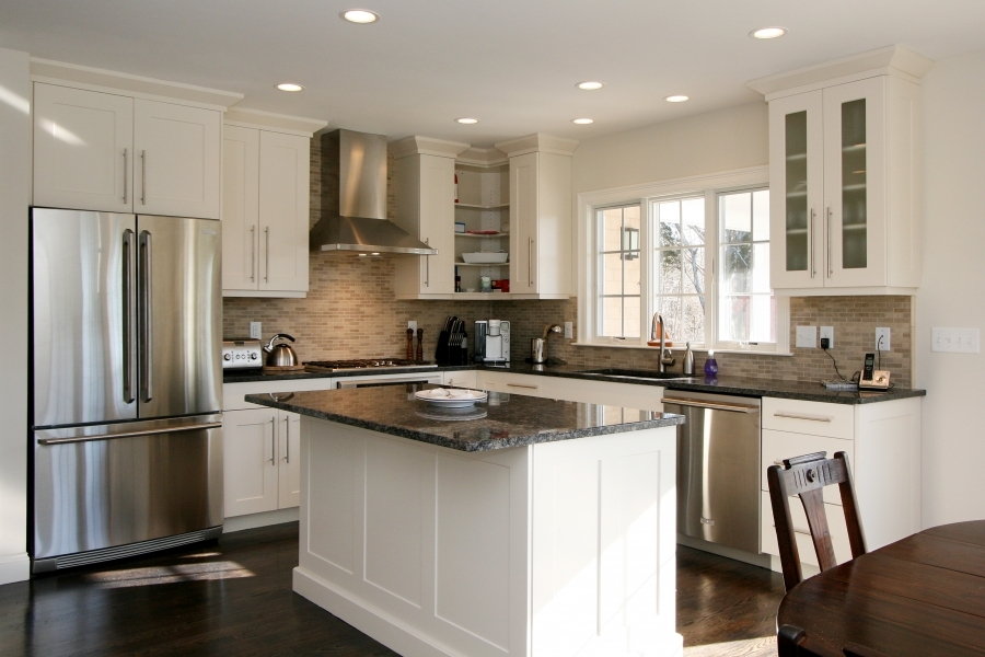 8 key considerations when designing a kitchen island for Small kitchen designs with island
